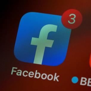 Durante la caída de Facebook, los sitios de noticias ganaron un alza en su tráfico